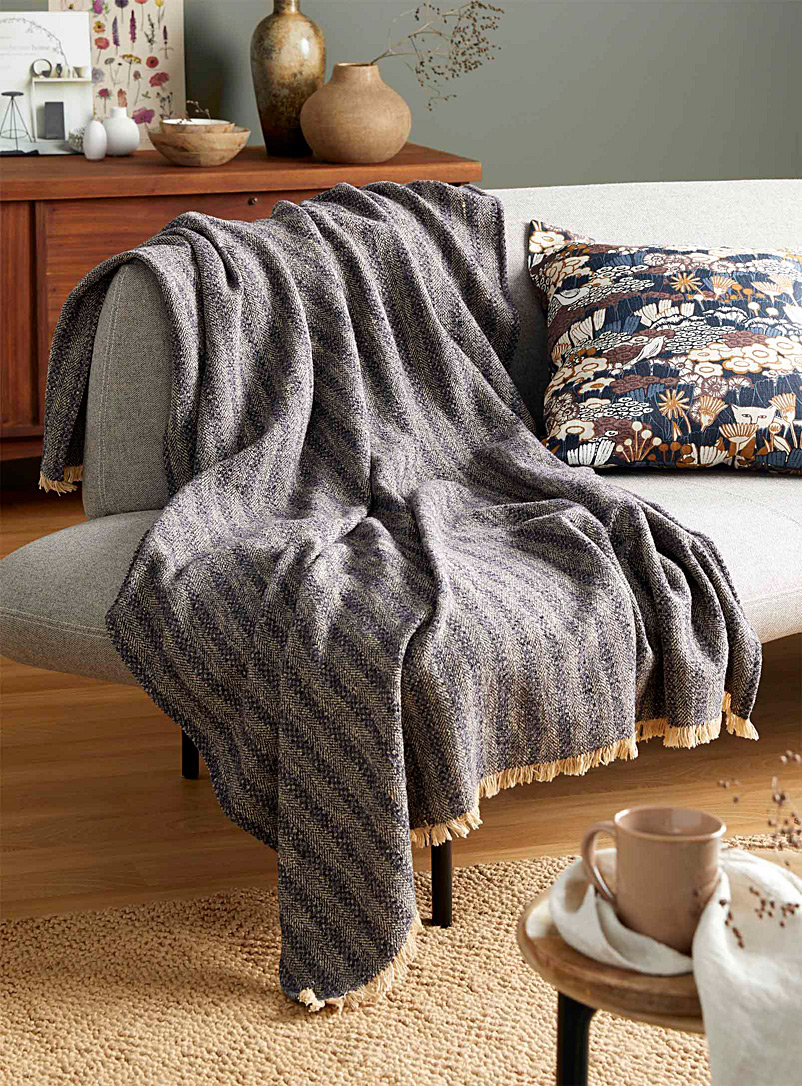 Simons Maison Assorted Comfortable stripe throw  130 x 170 cm