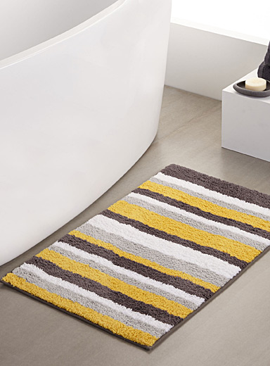 Yellow stripe bath mat  50 x 80 cm