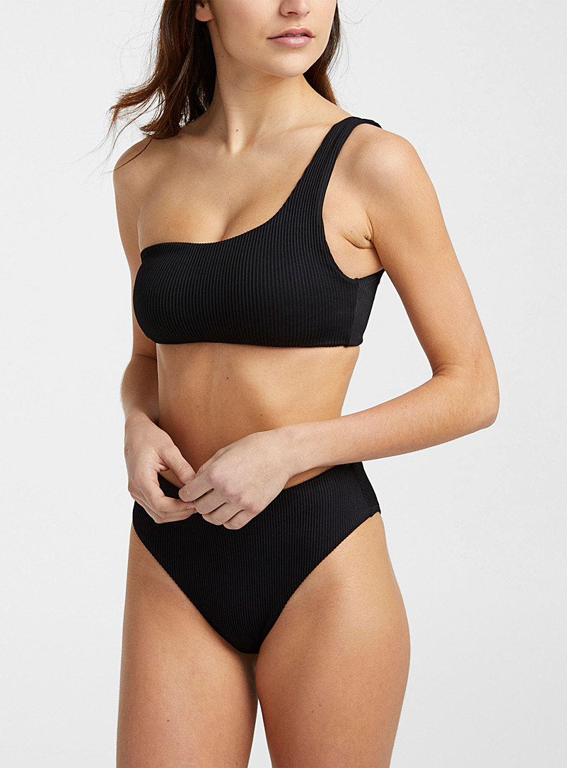 Single-strap ribbed bralette top
