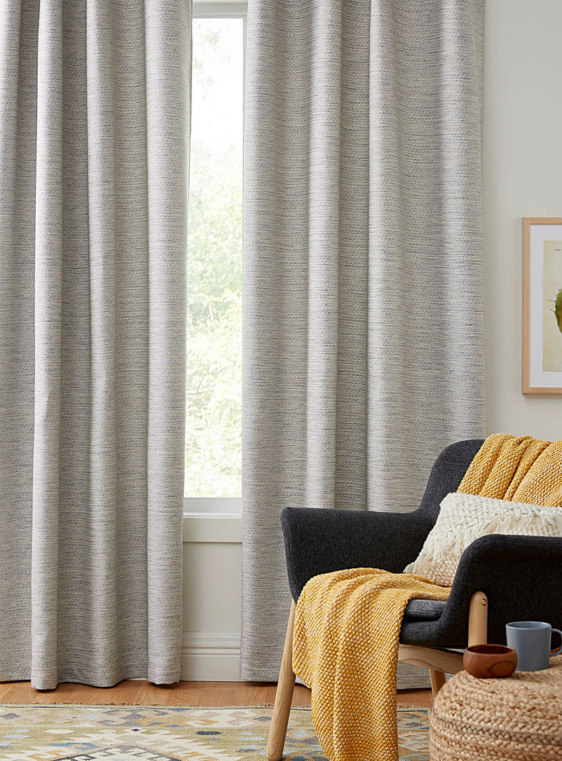Simons Maison Light Grey Satiny dash jacquard curtain  140 x 220 cm