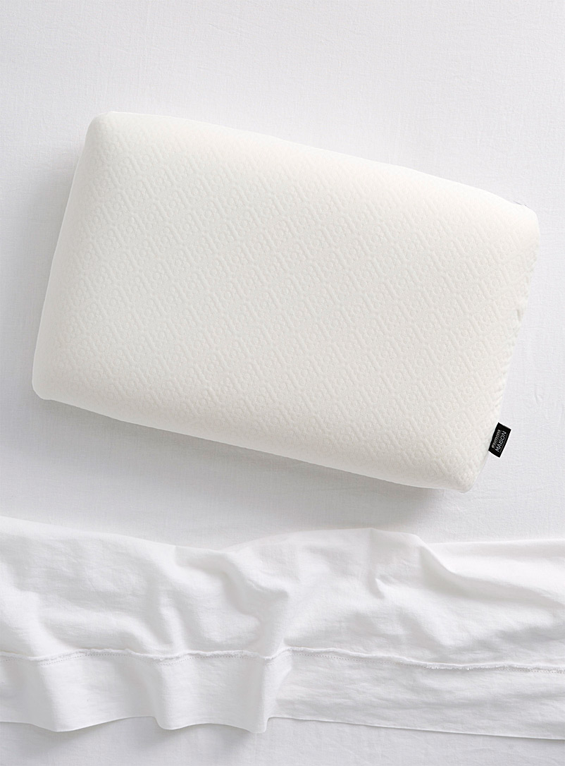 Simons Maison White Soft memory foam pillow  Semi-firm support