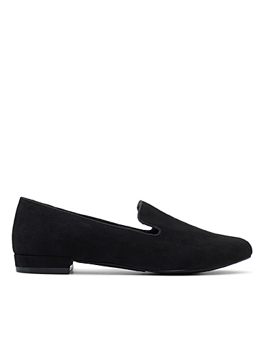 Solidd black loafers