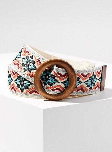 Wooden buckle embroidered belt