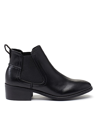Dabble Chelsea boots