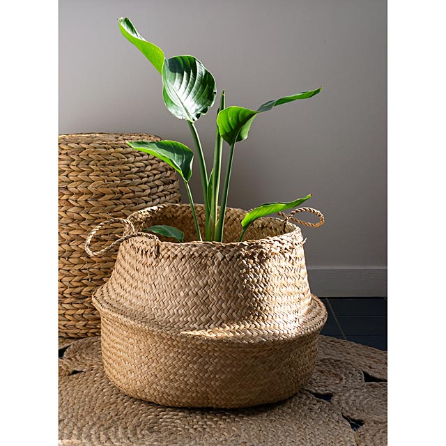 decorative-seagrass-basket
