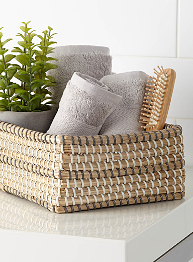 Rectangular sea grass basket <br>Medium size