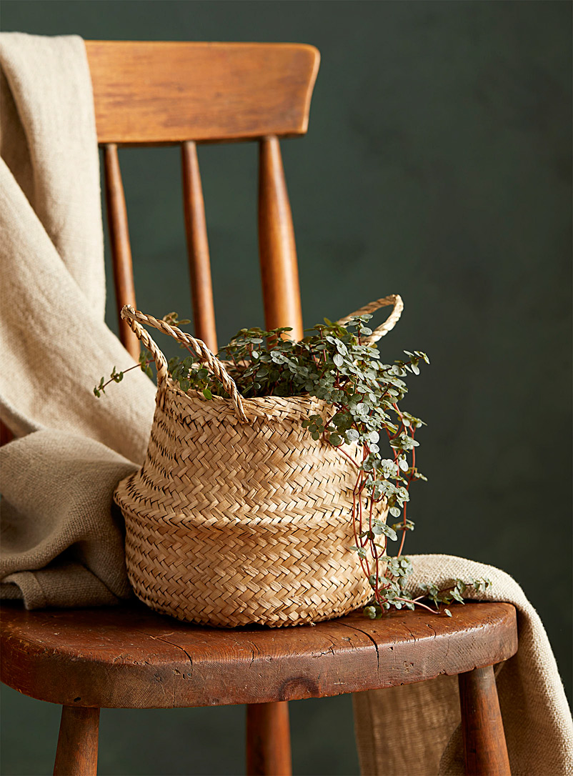 Small natural seagrass basket