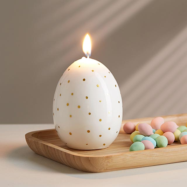 gold-egg-candle