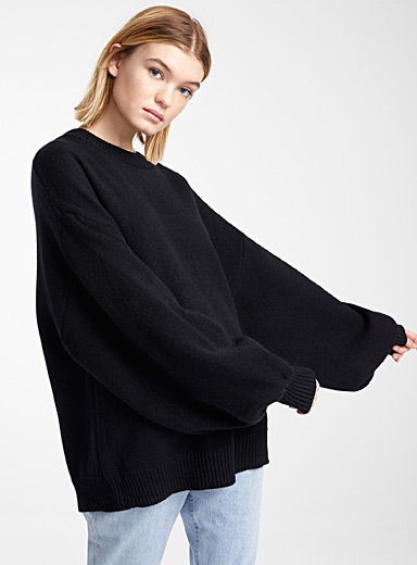 Bubble-sleeve sweater