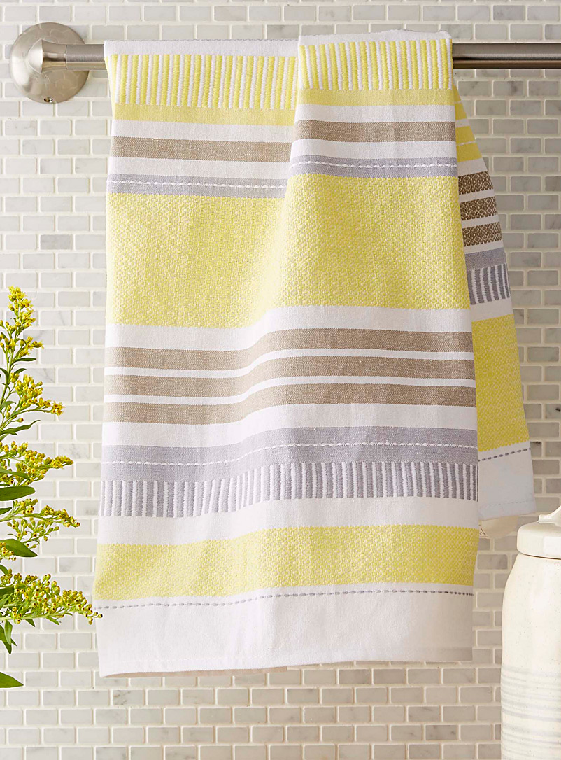 textured-ray-tea-towel