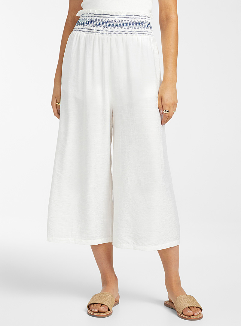 Icône White Embroidered smocked-waist culottes for women