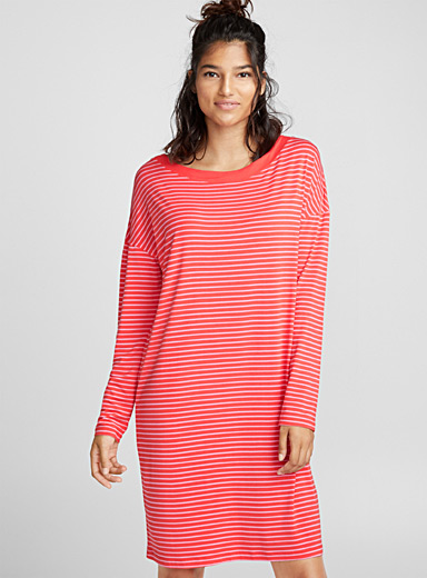 Colourful stripe nightgown