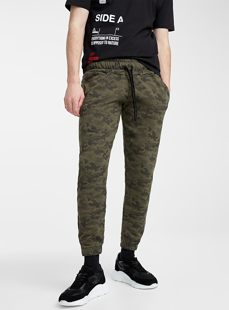 Outcome Mossy Green Pixelated camo sweatpant for men