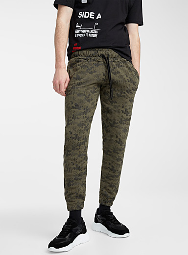 Pixelated camo sweatpant