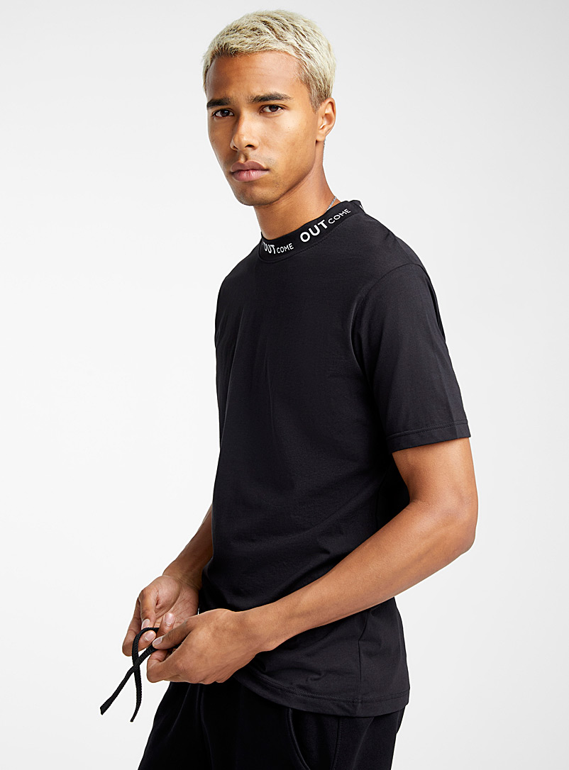 signature-collar-t-shirt