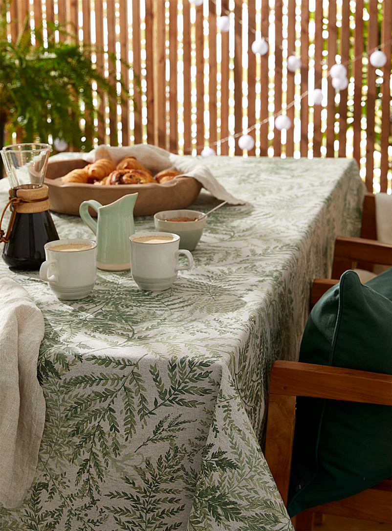 Simons Maison Patterned Ecru High ferns coated tablecloth