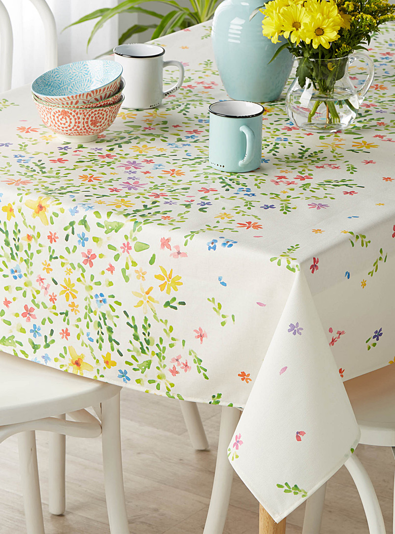 Painterly floral coated tablecloth - Printed - Assorted