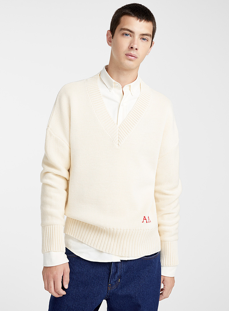 le-pull-ample-broderie-ami