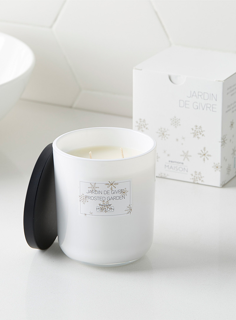 frosted-garden-candle