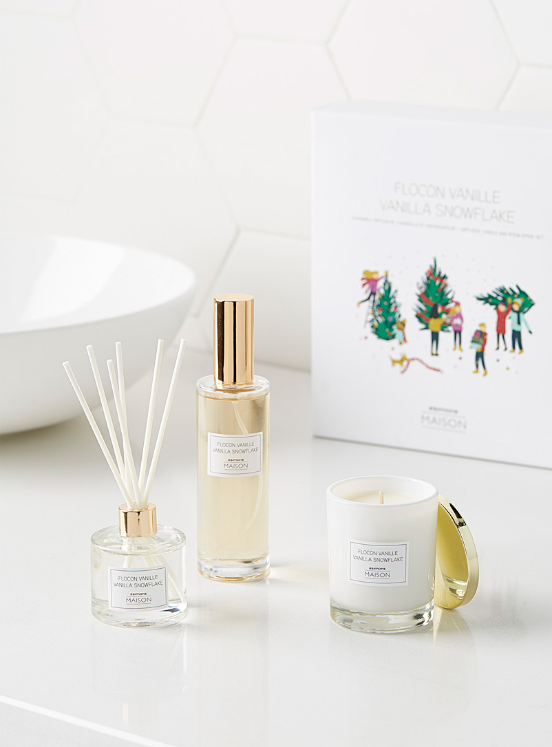 Simons Maison Assorted Vanilla snowflake home fragrance set