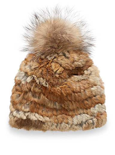 All-over fur tuque