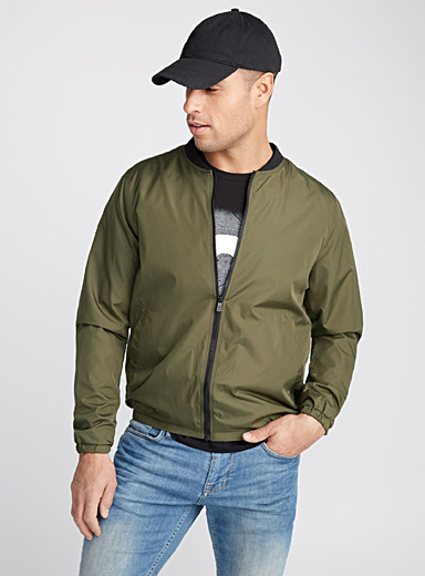 Ultra light bomber jacket