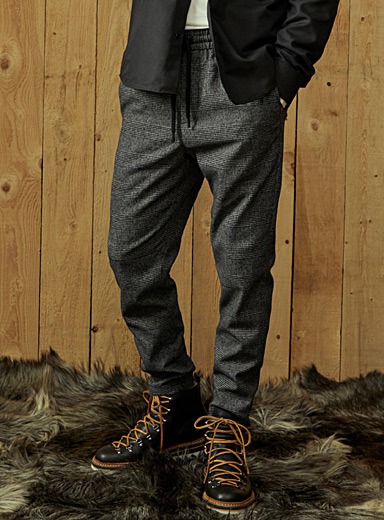 Dark Prince of Wales joggers