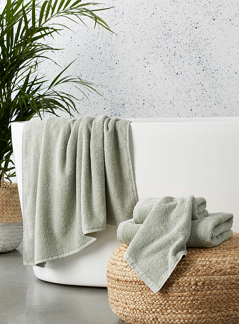 Simons Maison Mossy Green Extra-value colour towels
