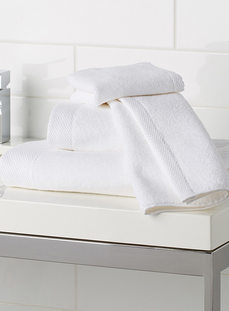 Grand hotel towels - Superior Quality - White