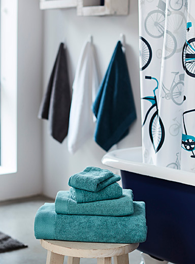 Simons Maison Teal Grand hotel towels