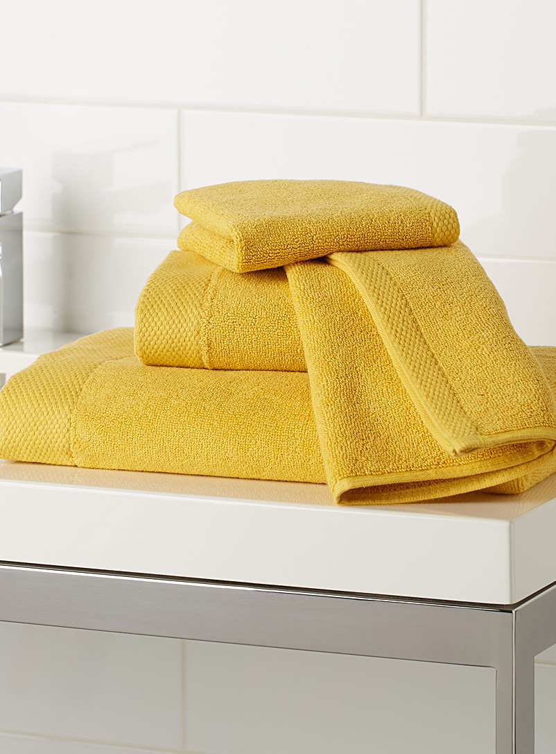 Grand hotel towels - Solid - Dark Yellow