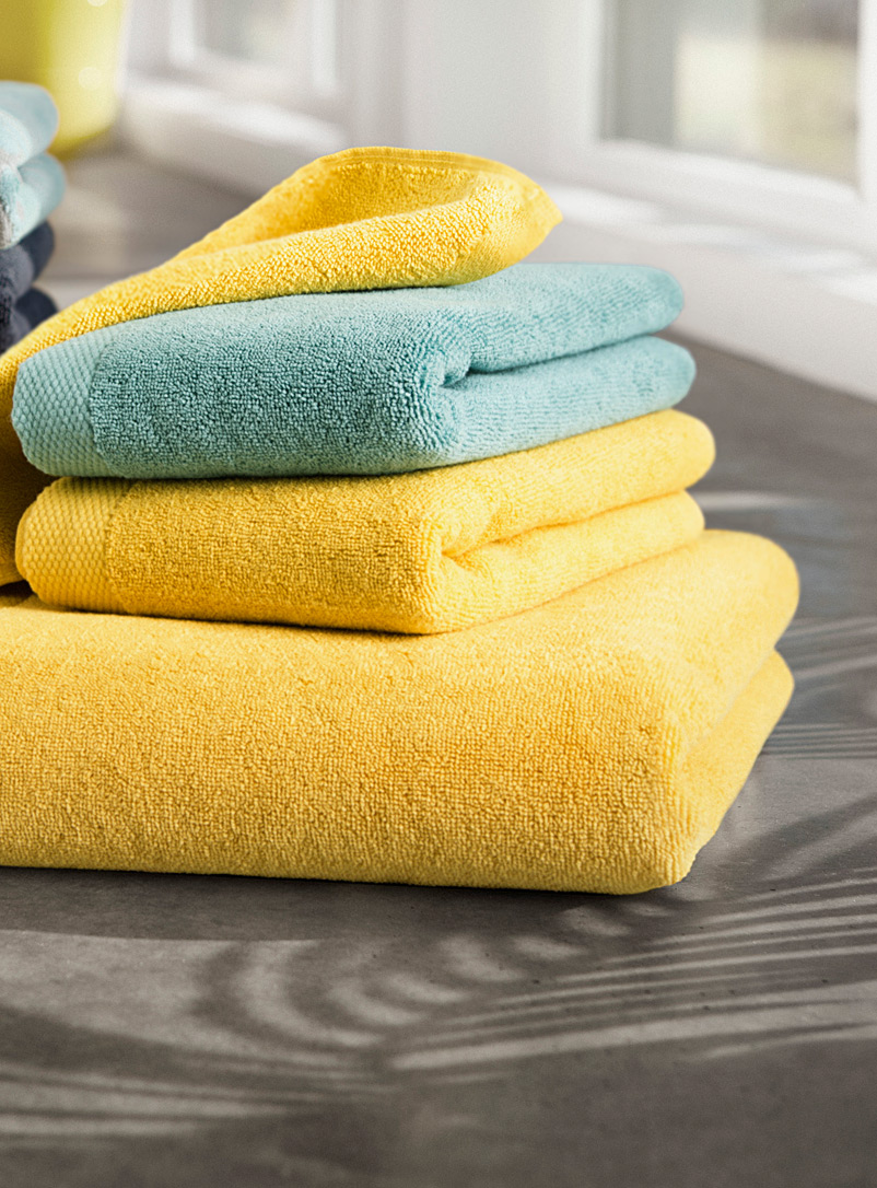 Grand hotel towels - Superior Quality - Dark Yellow