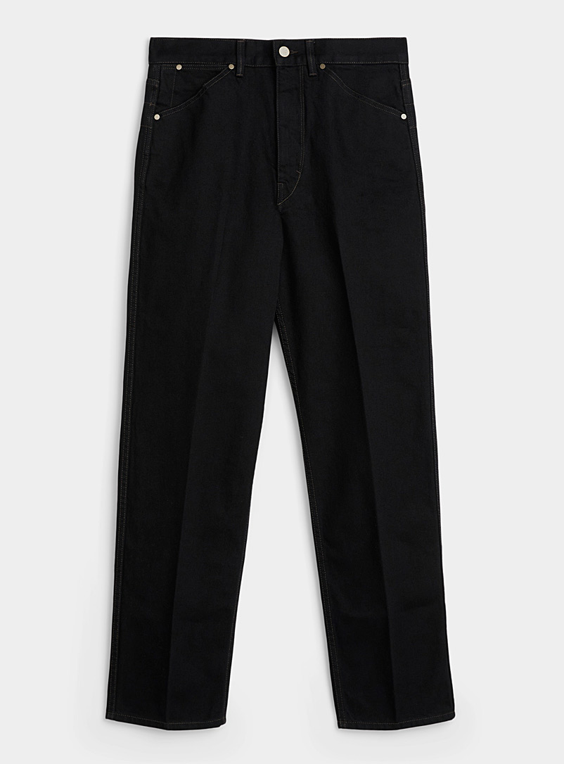Tapered black jean