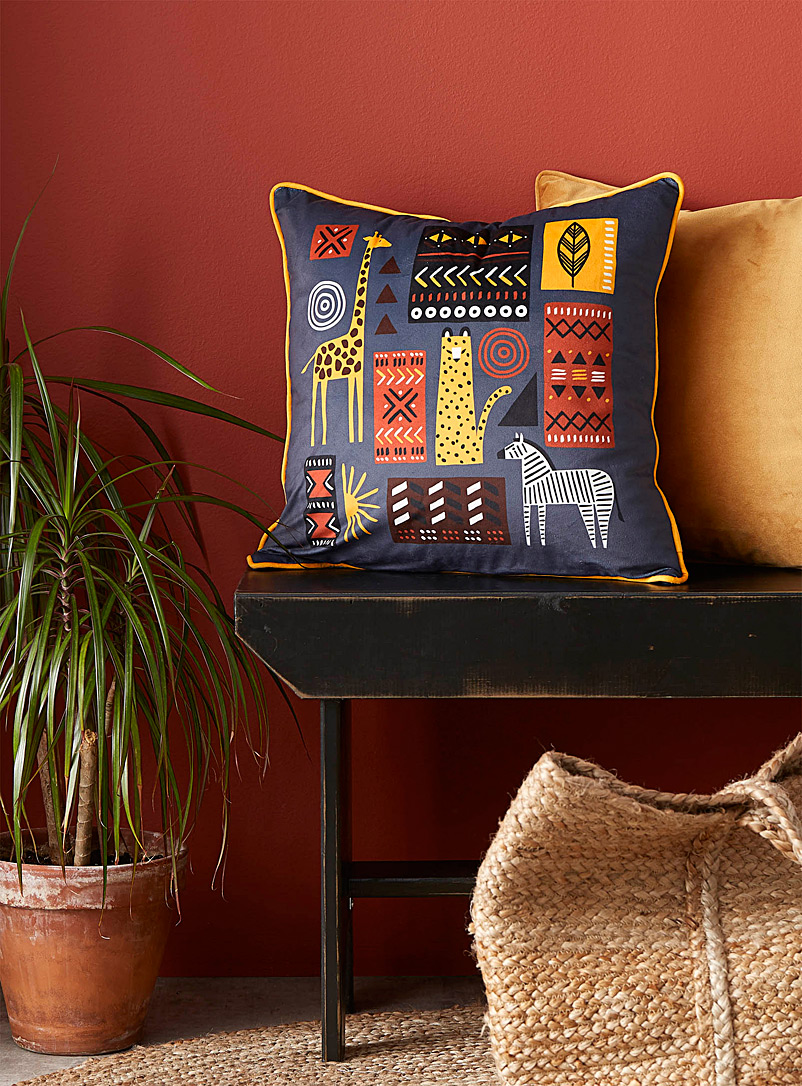 Simons Maison Assorted African savannah cushion  45 x 45 cm