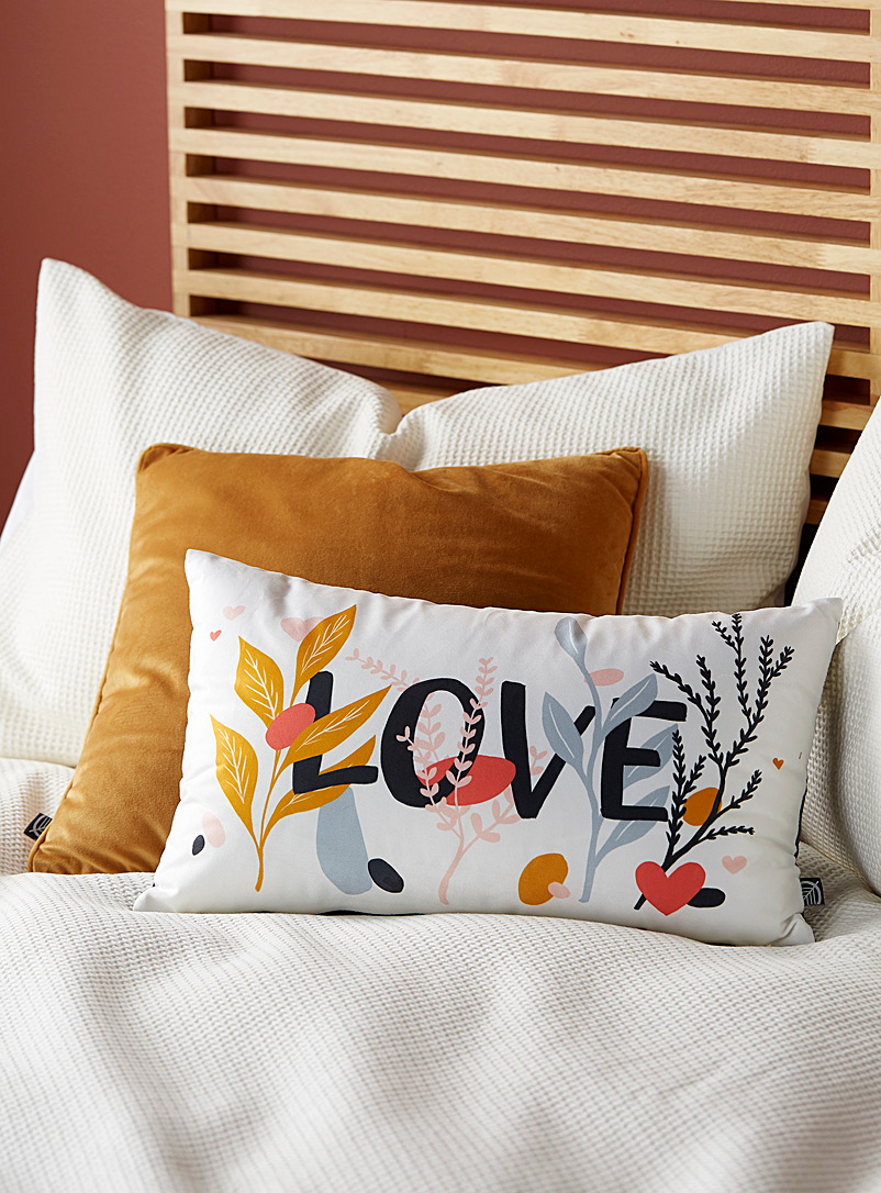 Simons Maison Assorted Romantic Love cushion  30 x 50 cm