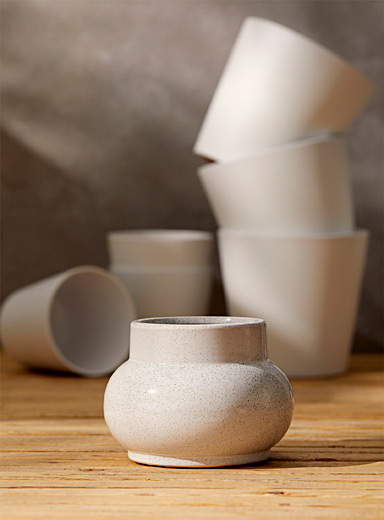 Speckled ceramic planter