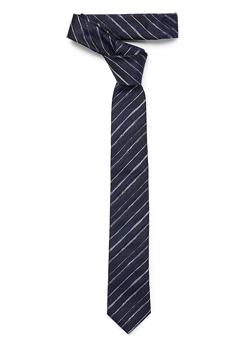 drawn-stripe-tie