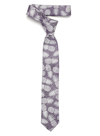 Chambray pineapple tie