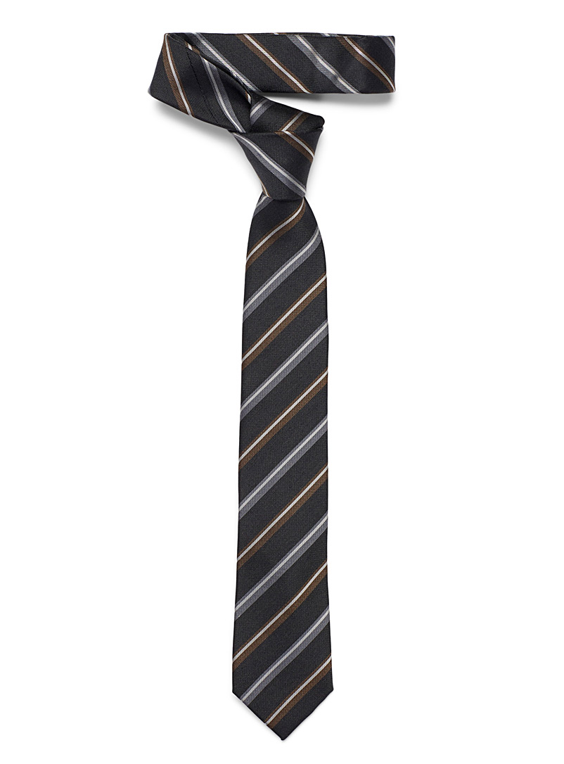 graphic-grey-fabric-tie