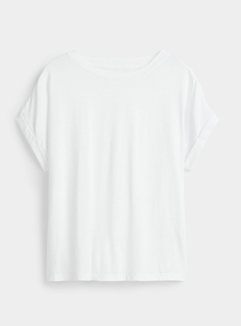 Miiyu White Casual white tee for women
