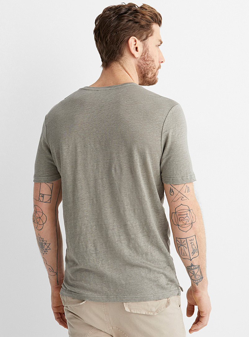 Le 31 Bottle Green Solid pure linen T-shirt for men