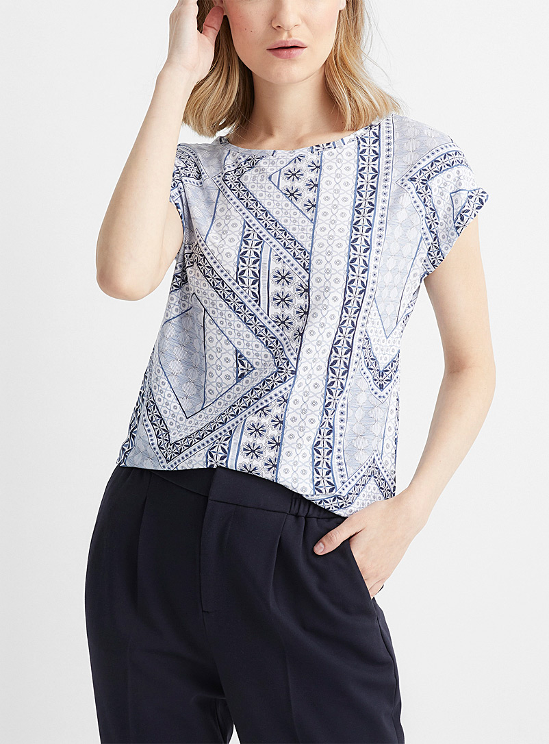 Contemporaine White Printed cap-sleeve tee for women