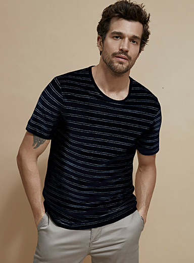 Le 31 Dark Blue Etched stripe pure linen T-shirt for men