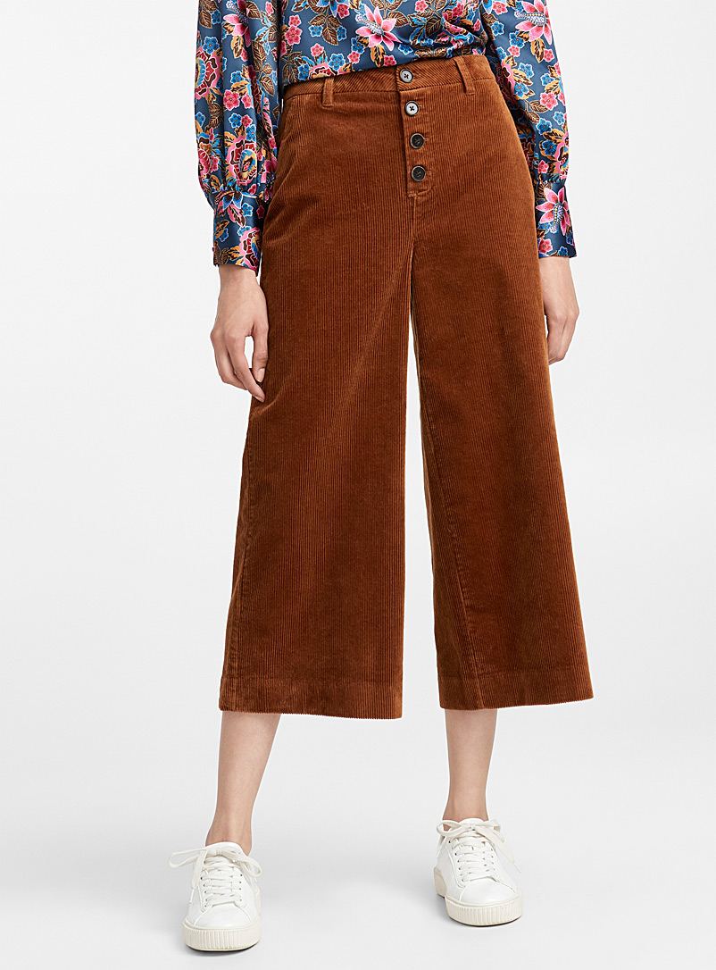 corduroy-buttoned-culottes