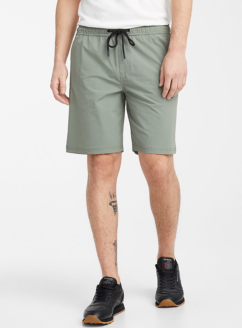 Le 31 Khaki Stretch monochrome nylon short for men