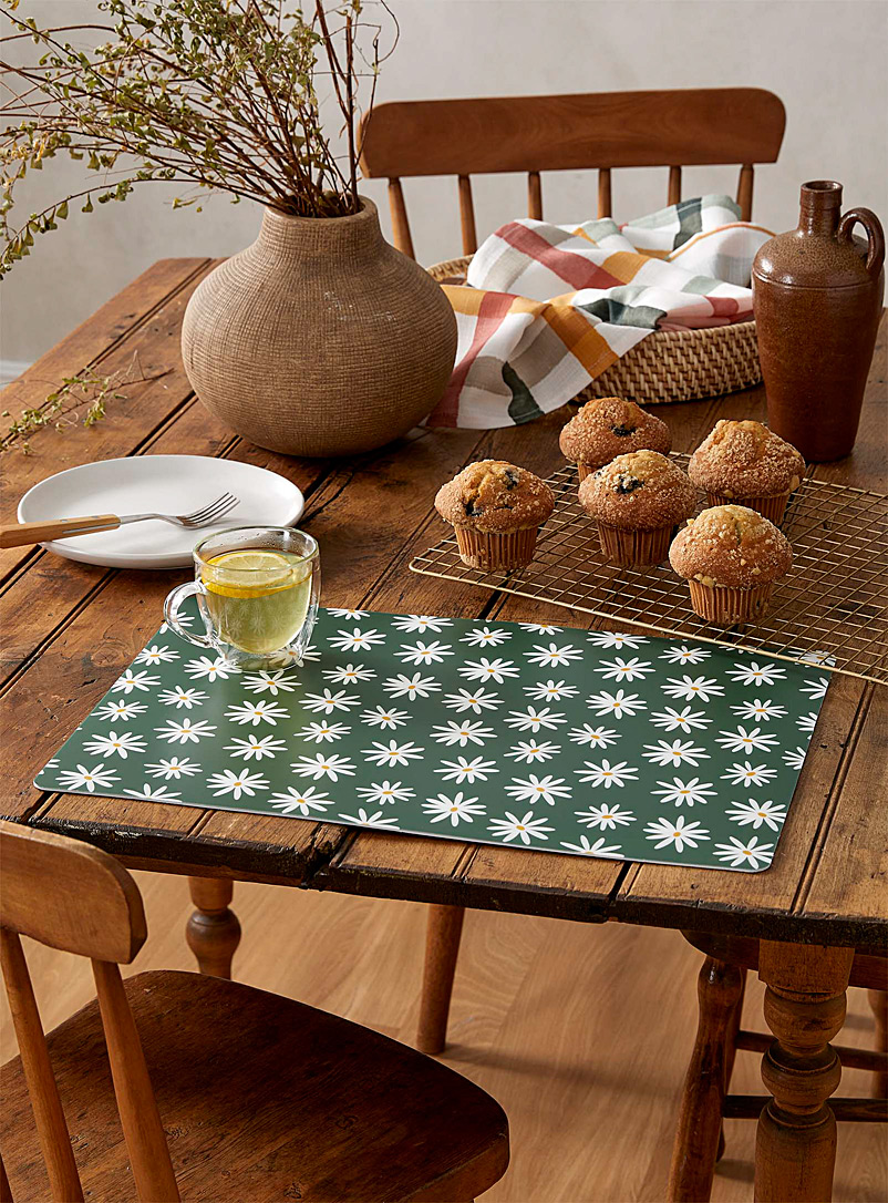 Simons Maison Patterned Green Field of daisies placemat