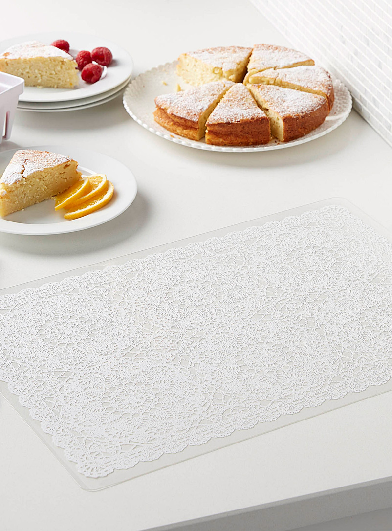 Lace-print vinyl placemat - Vinyl - Assorted