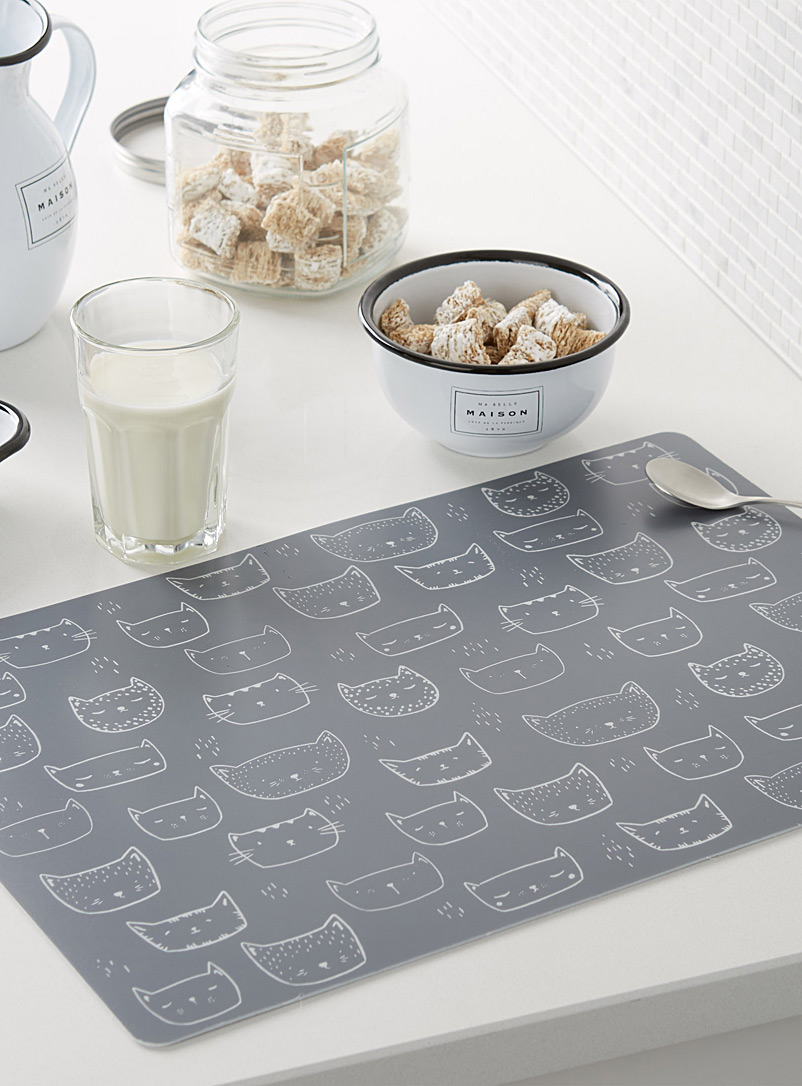 purring-kittens-vinyl-placemat