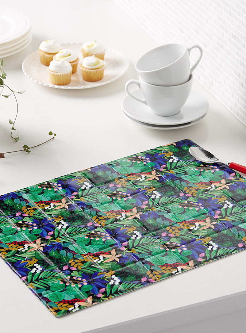 Mystical foliage quilted vinyl place mat - Vinyl - Assorted