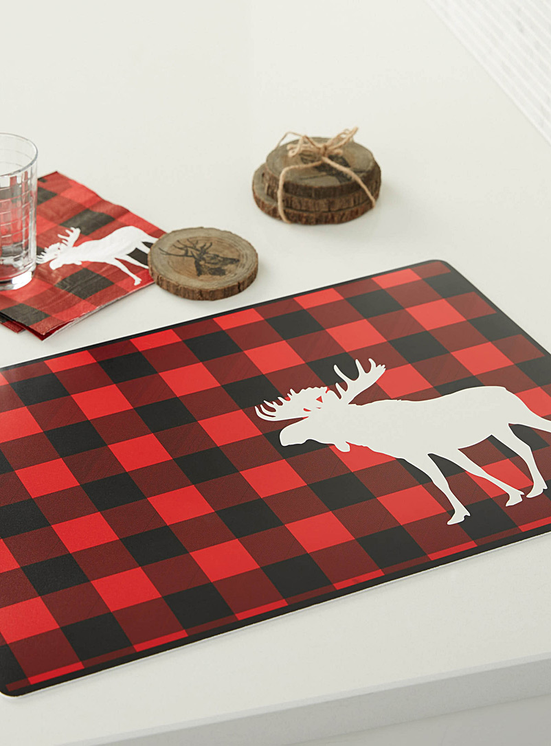 moose-hunt-vinyl-placemat